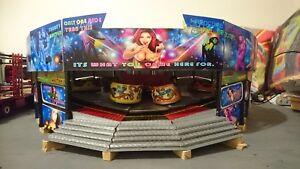 1/24 Showmans Funfair Fairground Working Model Waltzer Ride
