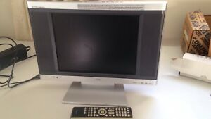 15 inch tv and DVD player combo