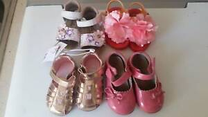 4 pairs of girls shoes size 5