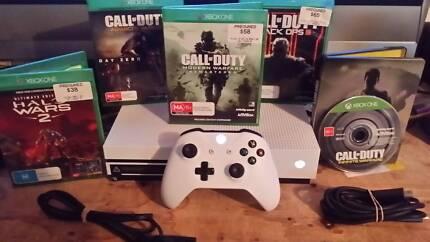 4K Xbox One S 1TB+ 5 games