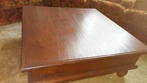 Indonesian coffee table, price very low, must sell Hillarys Joondalup Area Preview