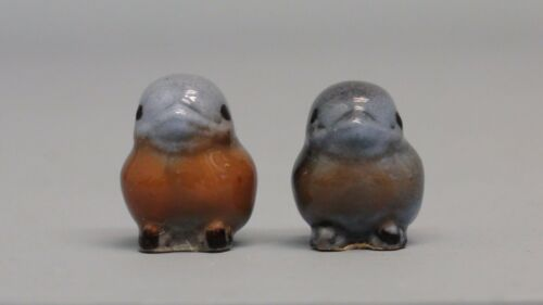 Old Hagen Renaker Bluebird Baby Rosy Breast Variation