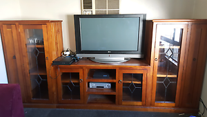 Tv and display 3 piece unit Seven Hills Blacktown Area Preview