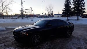AWD Dodge charger 2014 (fully loaded)