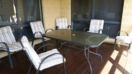 Outdoor table and chairs Warragul Baw Baw Area Preview