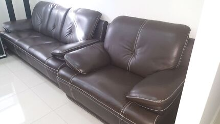 Nearly NEW!! 6 seater Genuine dark brown leather sofa Roxburgh Park Hume Area Preview