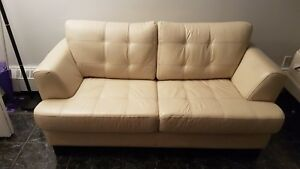 DEAL! Leather sofa - Amazing condition
