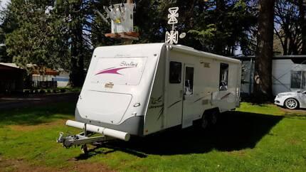 JAYCO STERLING 2008, 24 FT CARAVAN-SHOWER - TOILET - ANNEX - A/C.