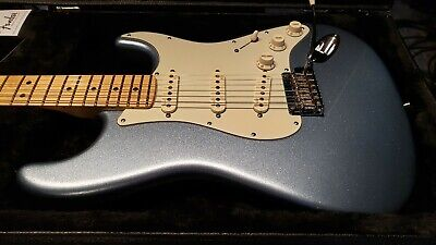 Fender American Deluxe Stratocaster Plus 2014 Mystic Ice Blue +Extra P-Cards!
