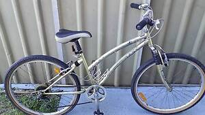 """bicycle women's 26"""" bike Huffy """"Comfort"""" with gears & alloy rims Belmont Lake Macquarie Area Preview"""