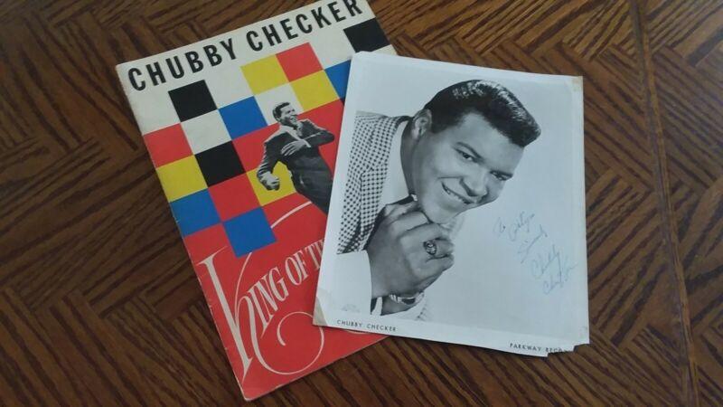 1961 CHUBBY CHECKER VINTAGE SIGNED PROGRAM & PHOTO & BONUS