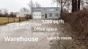 3200 sq ft commercial building for sale