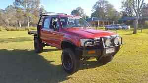 1993 SR5 Toyota Hilux dual cab 4x4. Rego rwc.. North Maclean Logan Area Preview