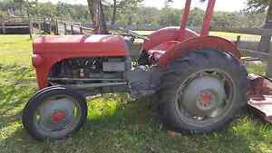 Massey Ferguson tractor Failford Great Lakes Area Preview