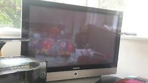 43 inch Samsung TV plus extras South Yarra Stonnington Area Preview