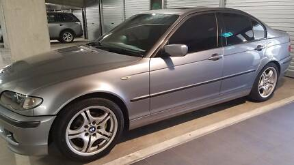 Imaculate BMW 318 sports 2005 M3 very low km