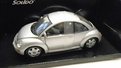 VW NEW BEETLE SOLIDO CLUB 1/18 gris metal