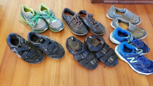 Boys size 2 lot of 6 pairs of Shoes