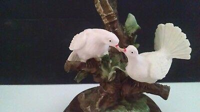 Retired Giuseppe Armani Capodimonte 3 Doves in a Tree Figurine