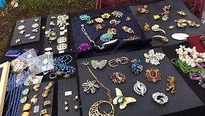 GARAGE SALE TODAY (MOTHERS DAY) One Mile Ipswich City Preview