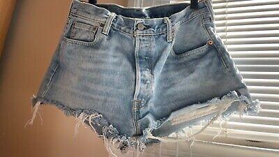 VTG Levis denim short shorts 501 Cutoff Jeans Frayed Button Fly Size 34 distress
