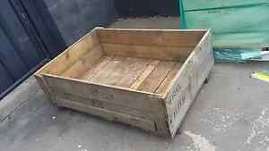 Rustic timber box Shortland Newcastle Area Preview