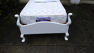 Vintage single bed and mattress Lilydale Yarra Ranges Preview