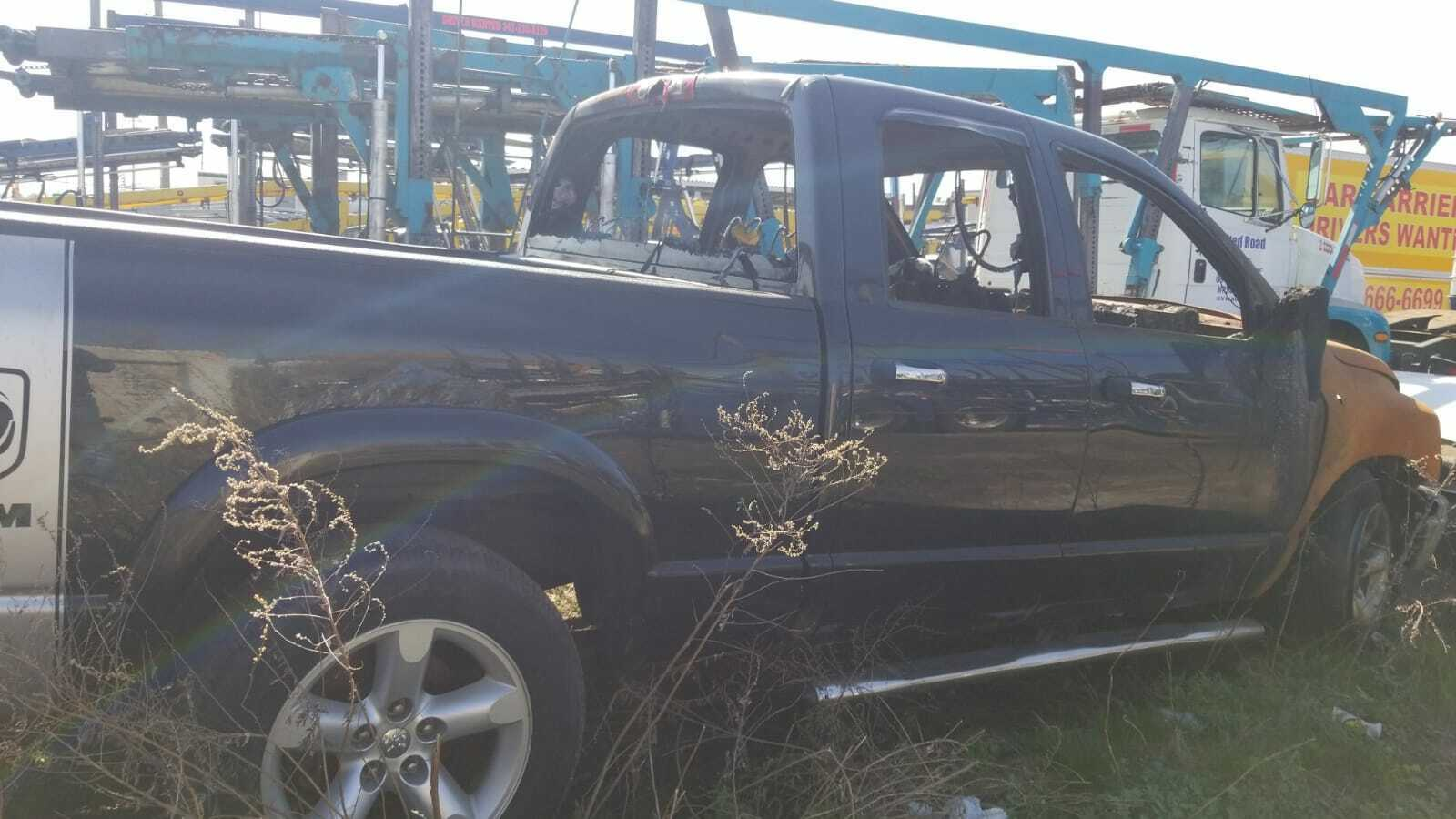 2007 Dodge Ram  Fire damage pick-up truck BIG HORN