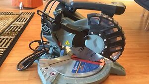 """King Canada 8 1/4 """" dual compound meter saw"""