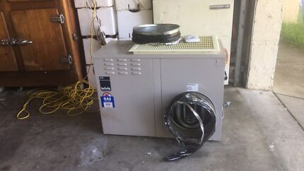 BRIVIS STARPRO DUCTED HEATER - ALMOST NEW