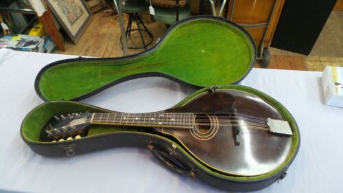 1922 VINTAGE GIBSON MANDOLIN A2 W/CASE AND TUNER WONDERFUL