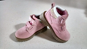 OSH KOSH TODDLER BOOTS Kingsley Joondalup Area Preview