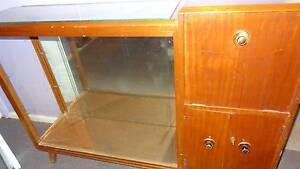 Reptile Tank (Ex-Drinks Cabinet) Buxton Wollondilly Area Preview