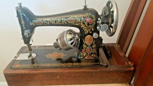 1919 Red Eye Singer 66 Sewing Machine/ Bentwood case/ Unique 1917 fold out motor