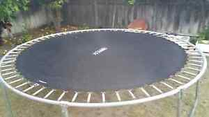 Moving sale 10 foot trampoline 64 springs Middle Swan Swan Area Preview