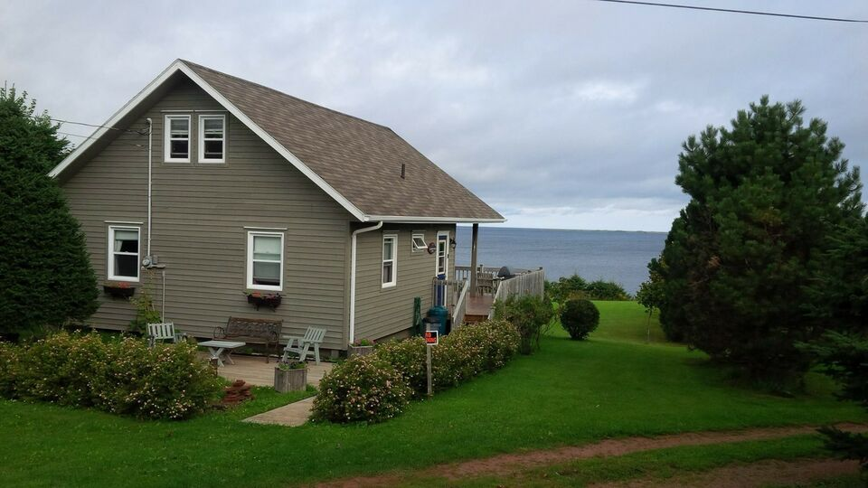 Looking for a Beautiful PEI Waterfront Cottage Rental ...