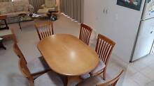 Dining table (adjustable - 2 sizes) 6 chairs in perfect condition Browns Plains Logan Area Preview