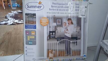 Summer brand baby gate 6 foot wide(182cm)