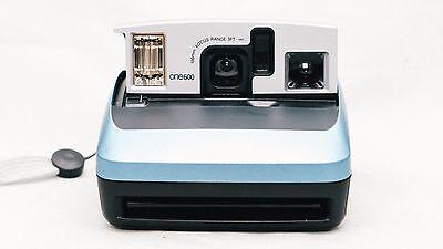 tested retro fun today compact design auto flash instant photos Polaroid one 600