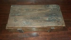 Antique wooden box Rockingham Rockingham Area Preview