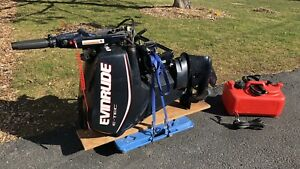 Evinrude E-Tec 25 HP  outboard short shaft. electric start