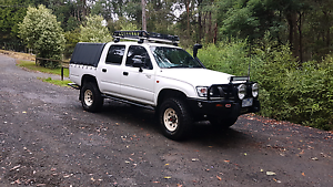 2003 toyota hilux dual cab 4wd Cockatoo Cardinia Area Preview