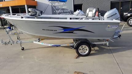 Horizon Stryker 454 XPF open fishing boat