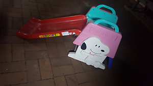Kids Multicolor snoopy slide Campbelltown Campbelltown Area Preview