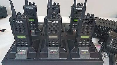 (6) Motorola Radius P1225 16 CH UHF Radios W/ 6 Port Gang Charger & Accessories