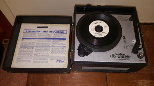 Hamilton model 910 4-speed vintage record player - Working Excellent condition
