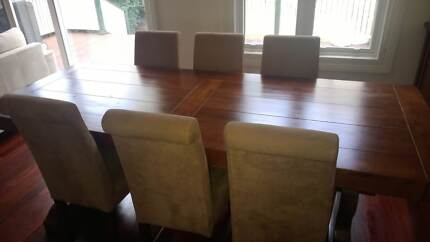7 Piece Dining Setting -with upholstered chairs St Leonards Willoughby Area Preview