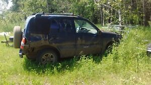 2000 Chevy Tracker for parts or project