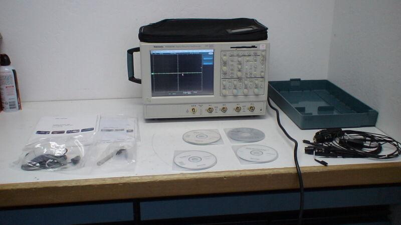 Tektronix Tds5054b  500 Mhz, 5 Gsa/s, 4 Ch , 8 Mb Digital Oscilloscope W/op 18