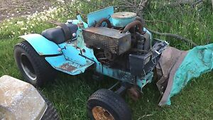 Sears Parts/Fixer Upper Lawn Tractor